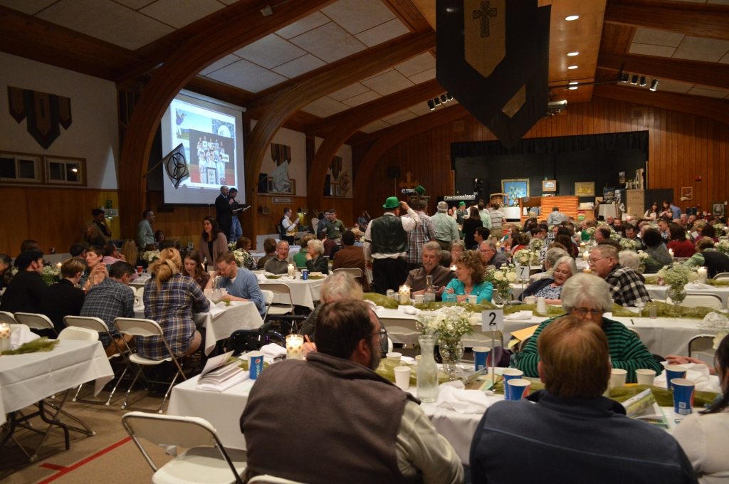 Emerald Isle Auction Night, 2015
